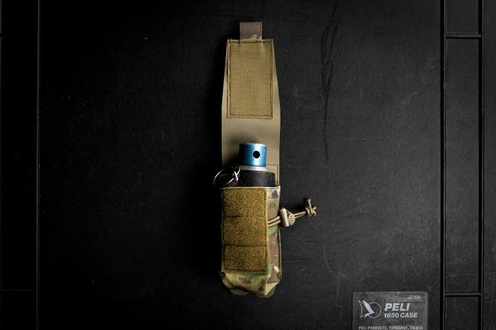 Platatac HW smoke grenade pouch with a dynatec grenade inside